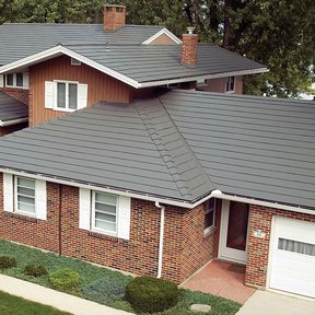 "<div><h4>Classic Metal Roofing 1</h4><p><b>Manufacturer:</b> Classic Metal Roofing Systems</p><p><b>Location:</b> US</p><p><b>Style:</b> Metal Slate/Shingle</p><p><b>Material:</b> Aluminum</p><p><b>Color:</b> Gray</p><p><a href=""/gallery/image-detail/45/"" class=""link-arrow text-uppercase theme-color--orange"" data-toggle=""modal"" data-target=""#detailModal_gallery_image_grid_lamlejqhdgHs"">View More</a></p></div>"