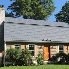 "<div><h4>Wakefield Bridge Steel Shingles</h4><p><b>Manufacturer:</b> Ideal Roofing Company  Limited</p><p><b>Location:</b> Connecticut, US</p><p><a href=""/gallery/image-detail/938/"" class=""link-arrow text-uppercase theme-color--orange"" data-toggle=""modal"" data-target=""#detailModal_gallery_image_grid_lamlejqhdgHs"">View More</a></p></div>"