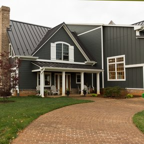 "<div><h4>McElroy Metal Medallion-Lok</h4><p><b>Manufacturer:</b> McElroy Metal, Inc.</p><p><b>Location:</b> Virginia, US</p><p><b>Style:</b> Vertical Panel/Standing Seam</p><p><b>Material:</b> Steel</p><p><b>Color:</b> Brown</p><p><a href=""/gallery/image-detail/578/"" class=""link-arrow text-uppercase theme-color--orange"" data-toggle=""modal"" data-target=""#detailModal_gallery_image_grid_lamlejqhdgHs"">View More</a></p></div>"