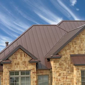 "<div><h4>McElroy Metal Meridian</h4><p><b>Manufacturer:</b> McElroy Metal, Inc.</p><p><b>Location:</b> US</p><p><b>Style:</b> Vertical Panel/Standing Seam</p><p><b>Material:</b> Steel</p><p><b>Color:</b> Brown</p><p><a href=""/gallery/image-detail/559/"" class=""link-arrow text-uppercase theme-color--orange"" data-toggle=""modal"" data-target=""#detailModal_gallery_image_grid_lamlejqhdgHs"">View More</a></p></div>"